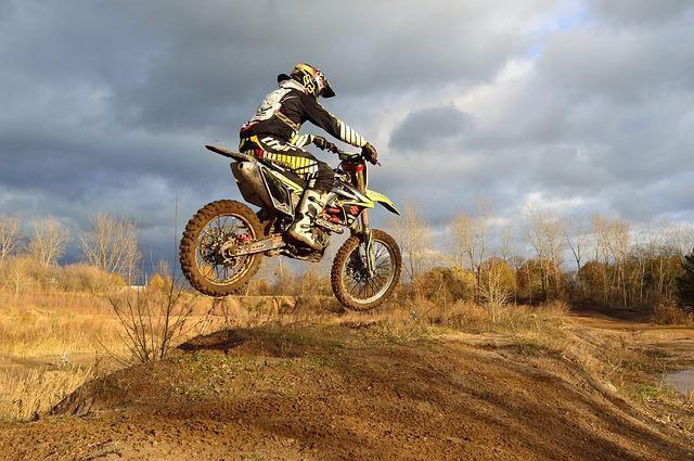 Rückenprotekor für Motorradfahrer